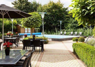 Novotel Hotel Maastricht - Terras overdag leeg